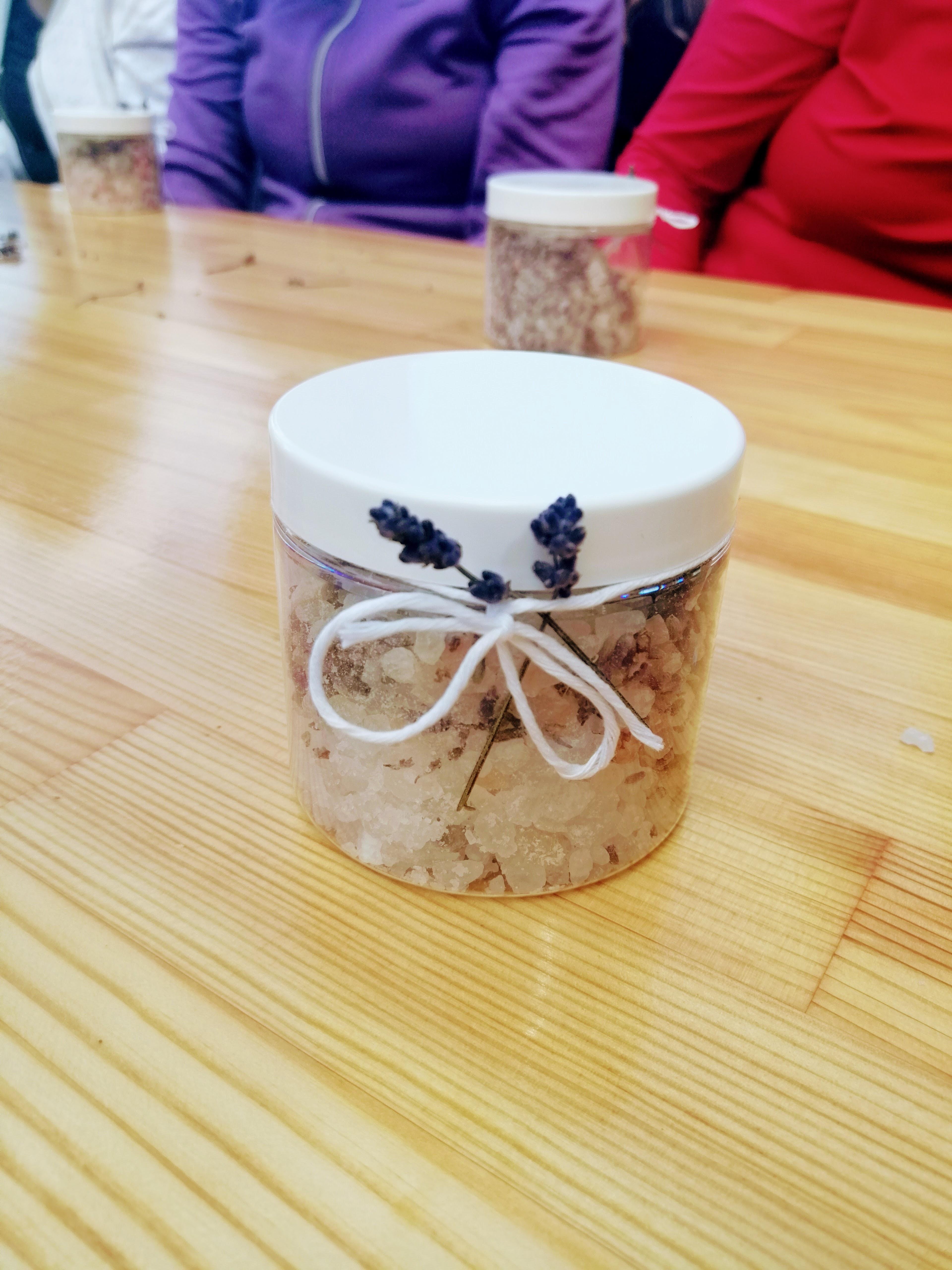 własnoręcznie robiona sól lawendowa