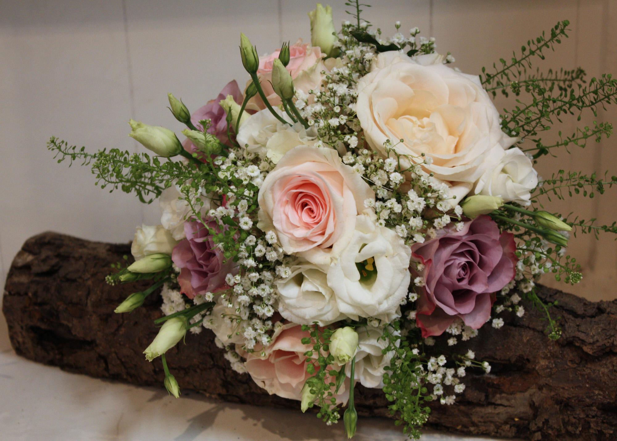 wunderschöne Blumensträuße