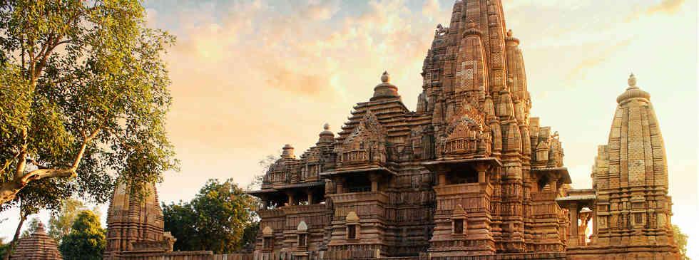 서쪽사원군   Western Group of Temples in Khajuraho