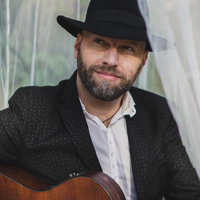 Marco Calliari en spectacle extérieur sur la Terrasse St-Georges