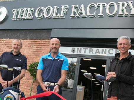 Alan Shearer & Jonathan Edwards Help To Launch The Golf Factory