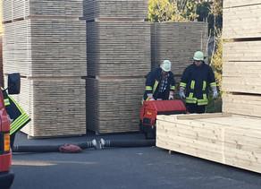 Gemeinschaftsübung Brandeinsatz Hermes Holz