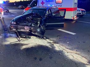 Verkehrsunfall G1 - PKW Unfall mit auslaufenden Betriebsstoffen