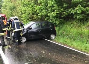 Verkehrsabsicherung PKW Unfall