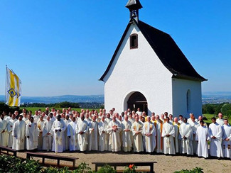 O Papa convida a dedicar uma prece pelos sacerdotes