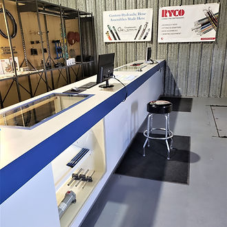 Come visit our hydraulic store in Green Bay, WI for fast, friendly service.