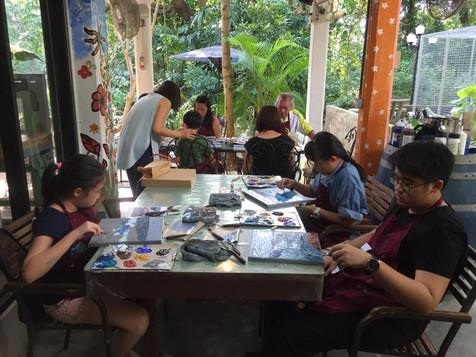 Knife Painting Workshop @ The Coastal Settlement