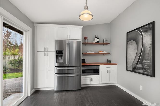 2560 Kitchen 2