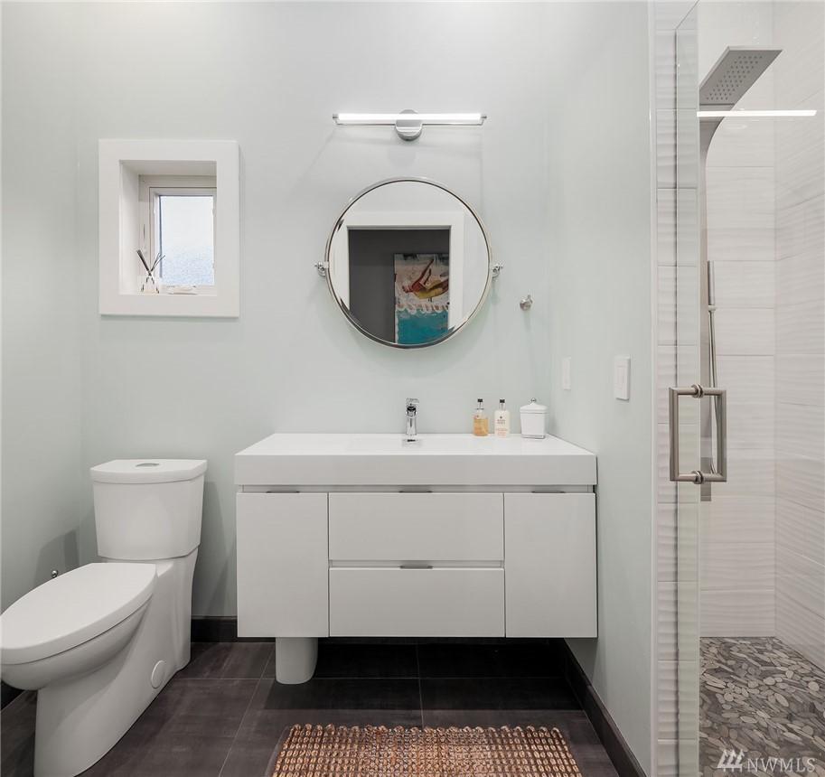 2560 Guest Bath