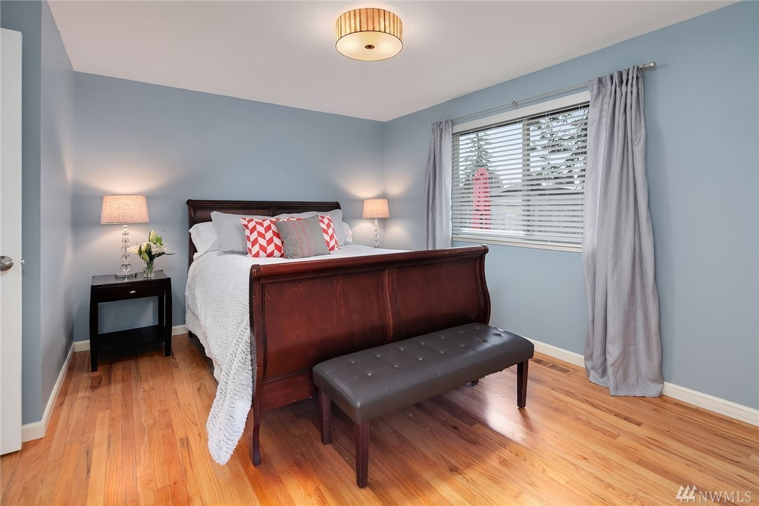 2560 Guest Bed