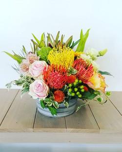 仕入れ、配達と慌ただしい1日でした(まだ営業中ですが😅)市場に買ったお花を忘れ