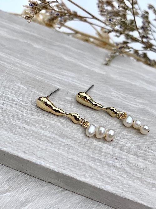 Freshwater Pearl Earrings FEA58