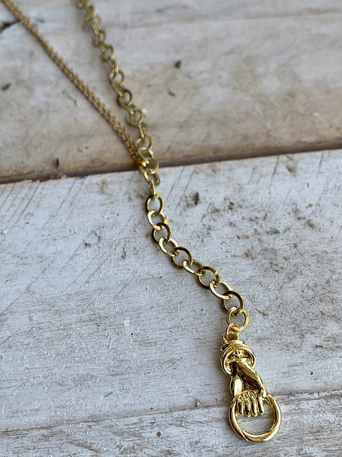 Vintage Chain + Hand Necklace FNA32