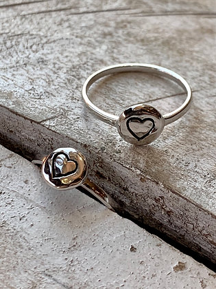KINDRED Sterling Silver Etched Heart Ring KR50