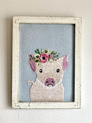 CHIKANKARI Hand Embroidered  Wall Critters - Pig HG45