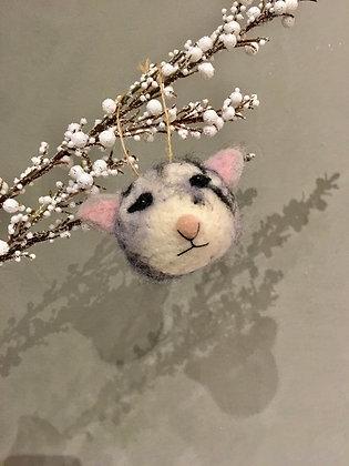 Cat ornament cute gift ideas ottawa Wellington kitty decoration