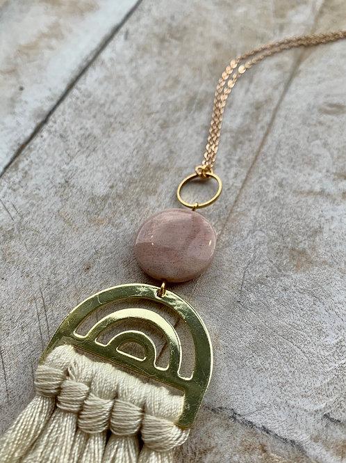 Ivory Tassel +Moonstone Necklace FNA41