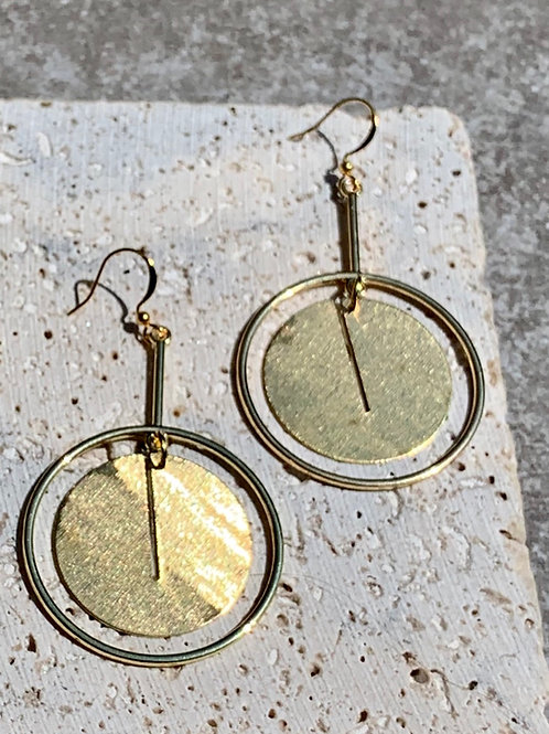 >>>PAN - Brushed Brass Circle Earrings<<<