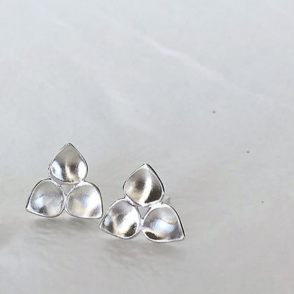 REBEL SOUL 'Tri Leaf Post' Earrings RSE06