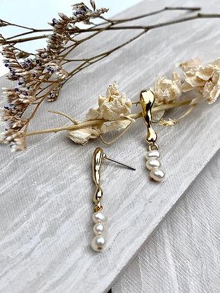 FRUG  'Keren' Freshwater Pearl Earrings