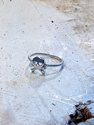 KINDRED Sterling Silver Skull Ring KR18
