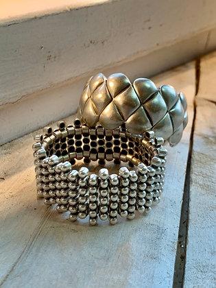 SERAGLIO Small Dotted Bar Bracelet SGB10