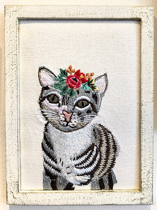 Kitty cat embroidery made in India Ottawa Ontario Wellington