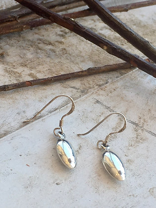 KINDRED 'Sterling Oval Dangle' Earrings KDE11