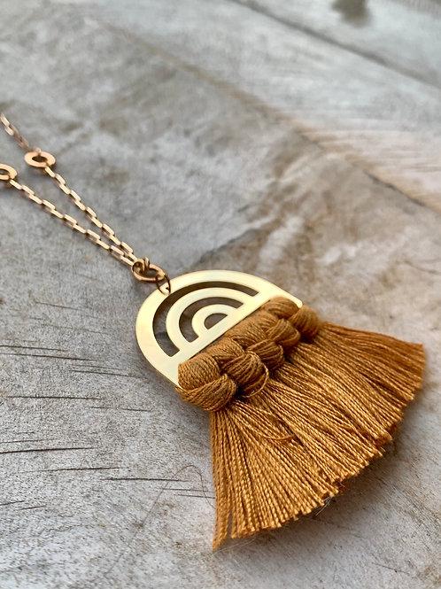 Orange Tassel + Arc Pendant Vintage Brass Chain Necklace FNA42