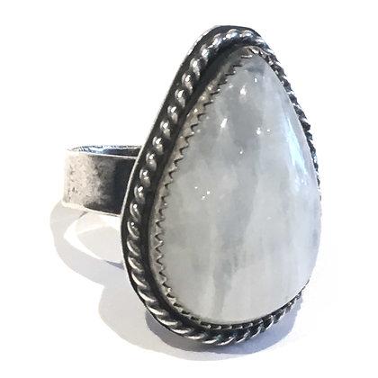 Moonstone ring size 6 silver beautiful jewelry ottawa Wellington