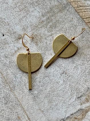 FRÜG Modern Brass Crescent + Bar Earrings FEA44