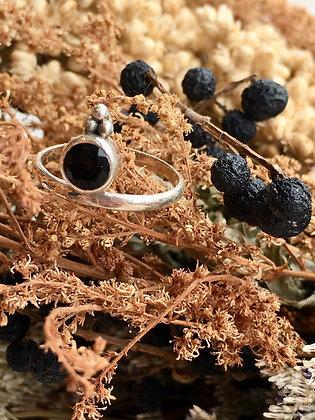 SARASWATI 'Round Onyx' Ring SWR03