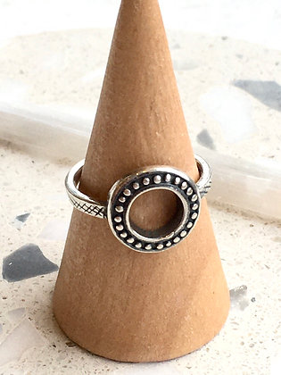 KINDRED 'Sterling Circle' Ring KDR02