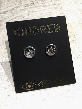 KINDRED 'Sterling Lotus Post' Earrings KDE14