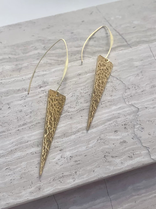 >>> IVAH - Hammered Triangle Earrings <<<
