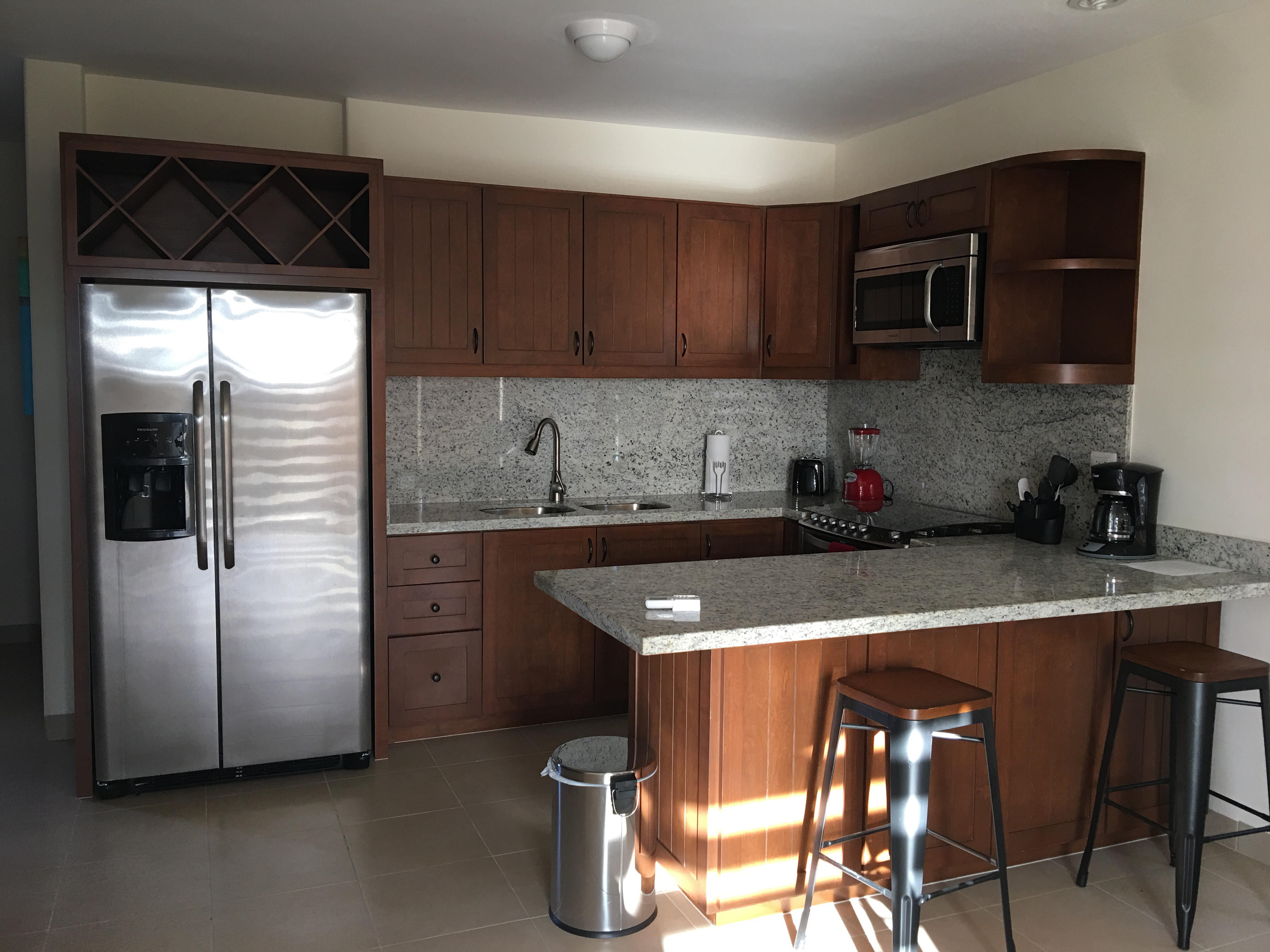 CDM Kitchen Suite 8224 4