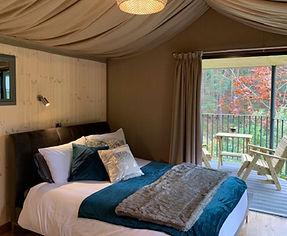 teal bed cabin.jpg