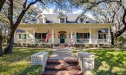Luxury Homes in Salado TX