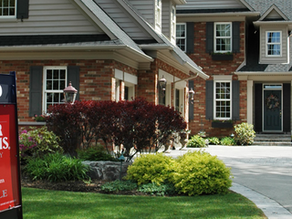 Nearby Sales Affect A Homes Value - Free Instant Info on Home Sales in Your Neighborhood!