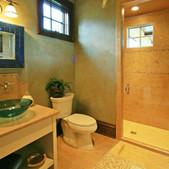 poolbathroom.jpg