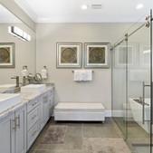 Master Suite - Bath.jpg