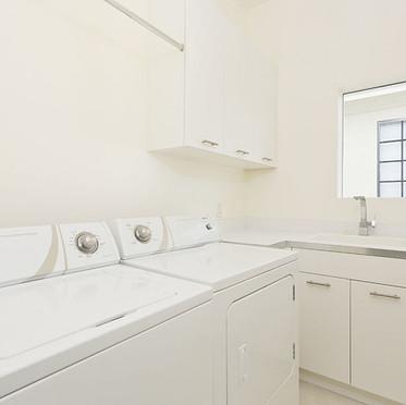 Laundry roonm.jpg
