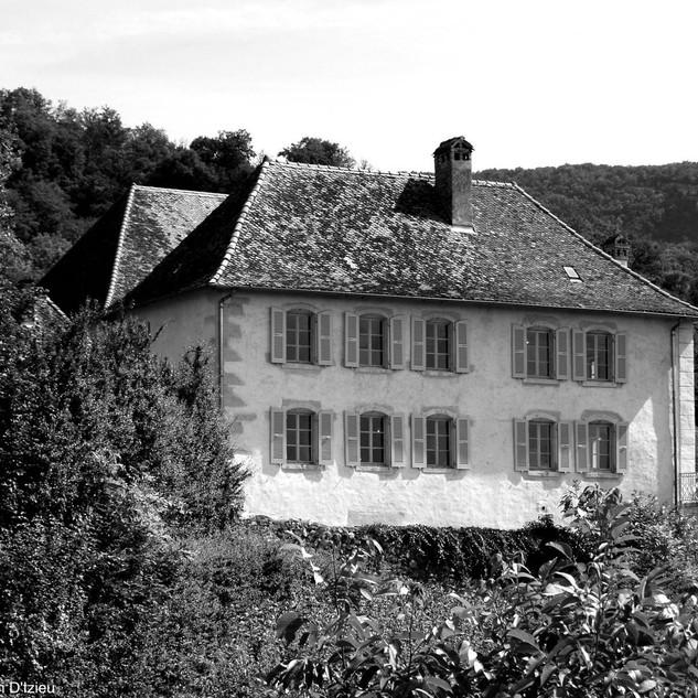 Kinderheim_In_Izieu.jpg