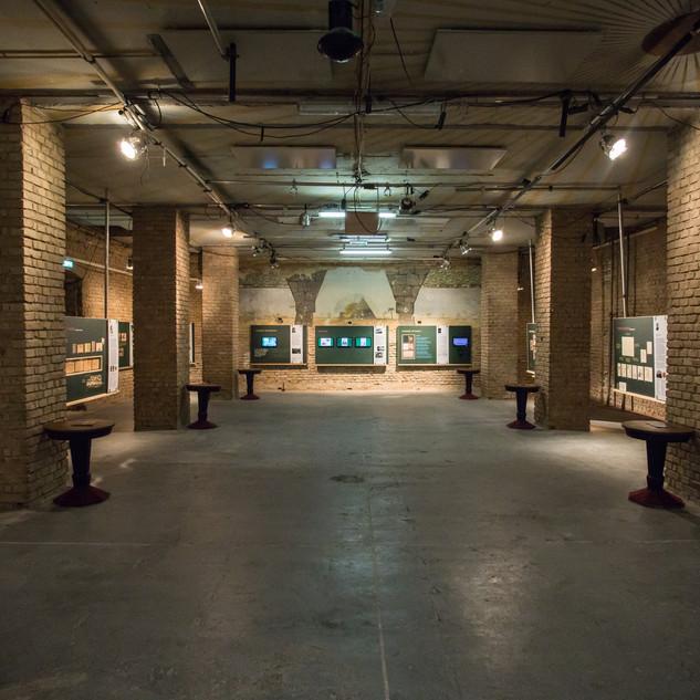 Ausstellung 3.jpg