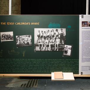 Ausstellung 9 Izieu.jpg