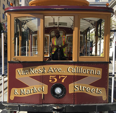 San Francisco by Gilles visite privée Cable Car Museum Musée California Market Van Ness Ave Gripman