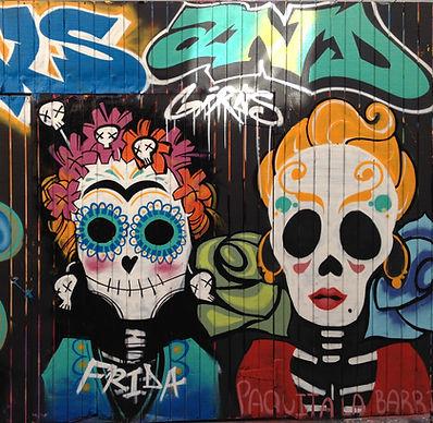 San Francisco by Gilles visite privée Mission Dolores Street Art fresque murale graffiti clarion alley