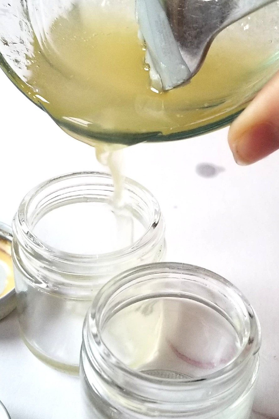 Pouring mixture