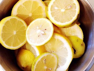 Lemons and Vodka = Hairspray