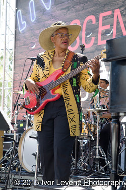 Sharon Ray at Ascencia.jpg